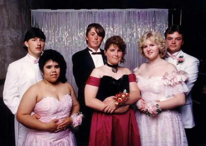50 Ridiculous 80's Prom Photos That Will Make You Laugh -35