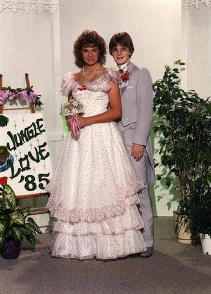 50 Ridiculous 80's Prom Photos That Will Make You Laugh -45
