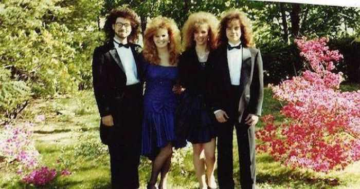 50 Ridiculous 80's Prom Photos That Will Make You Laugh -47