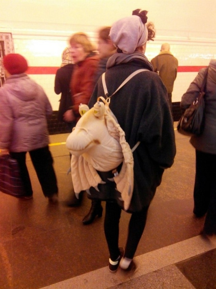 Ridiculous People In Subway That Will Make Your Day (36 Photos)-16