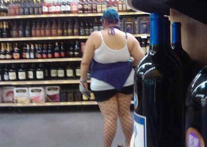 45 Funny Pics Of Most Ridiculous People Of Wal-Mart -08