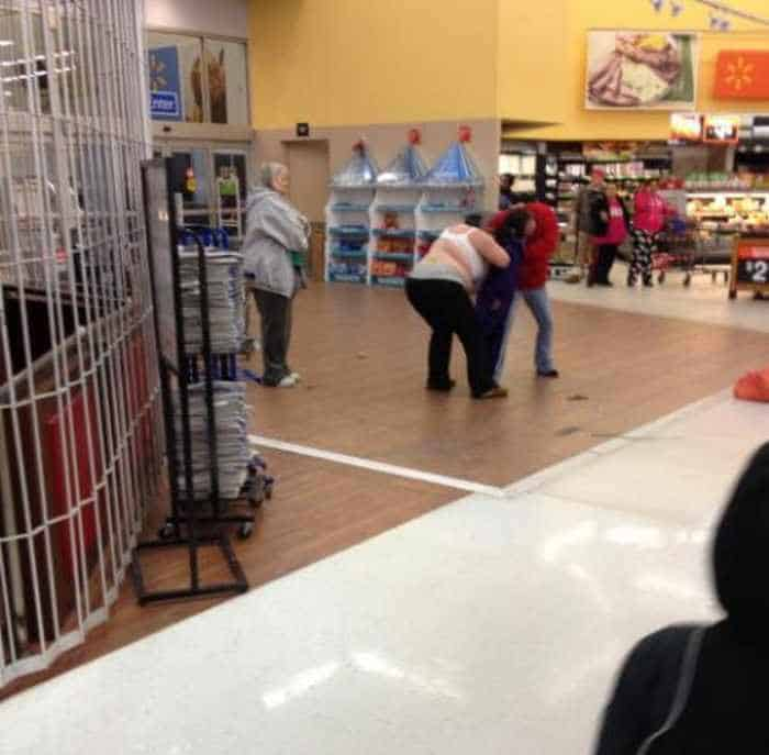 Most Ridiculous People Of Wal-Mart - 55 Pics -10