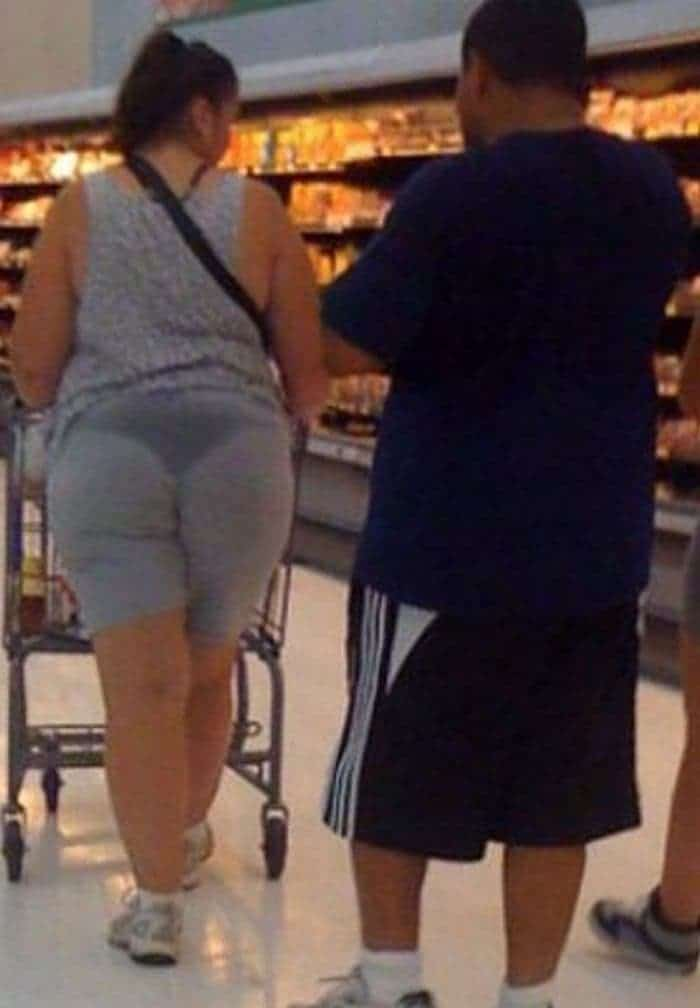 50 Ridiculous People of Walmart That Are on Another Level -01