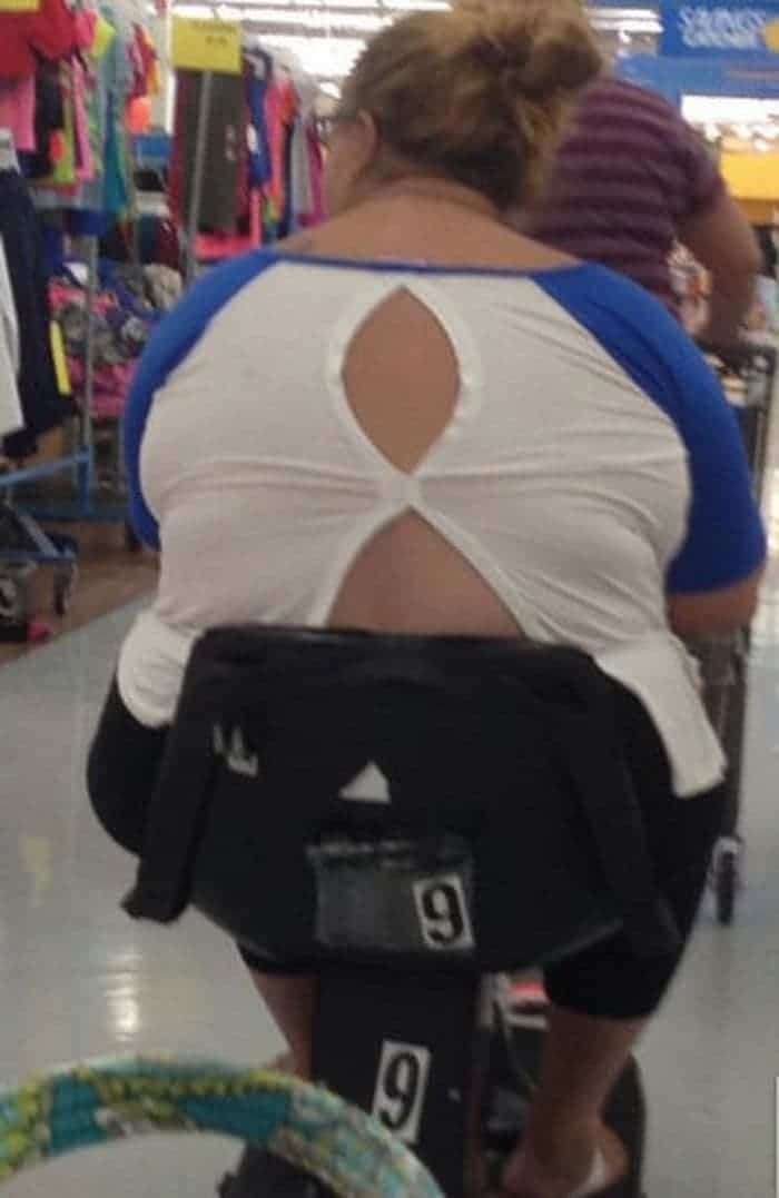 50 Ridiculous People of Walmart That Are on Another Level -05