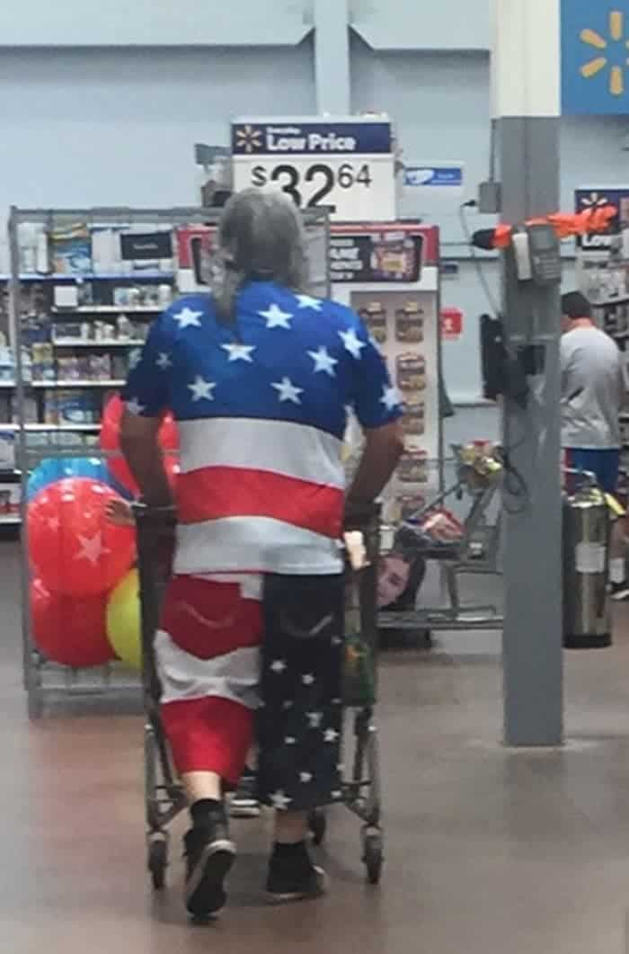 50 Ridiculous People of Walmart That Are on Another Level -21