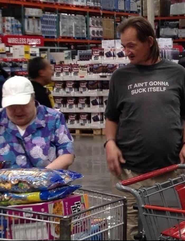 50 Ridiculous People of Walmart That Are on Another Level -24