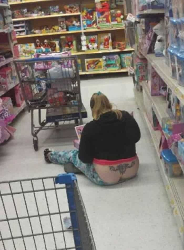 50 Ridiculous People of Walmart That Are on Another Level -34