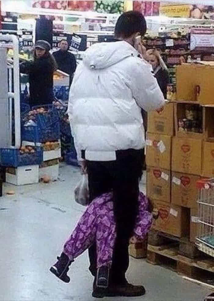 50 Ridiculous People of Walmart That Are on Another Level -43