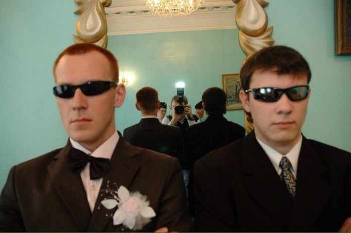 40 Ridiculous Photos of Russian Weddings That Are Hilarious -02