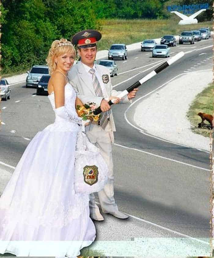 40 Ridiculous Photos of Russian Weddings That Are Hilarious -35