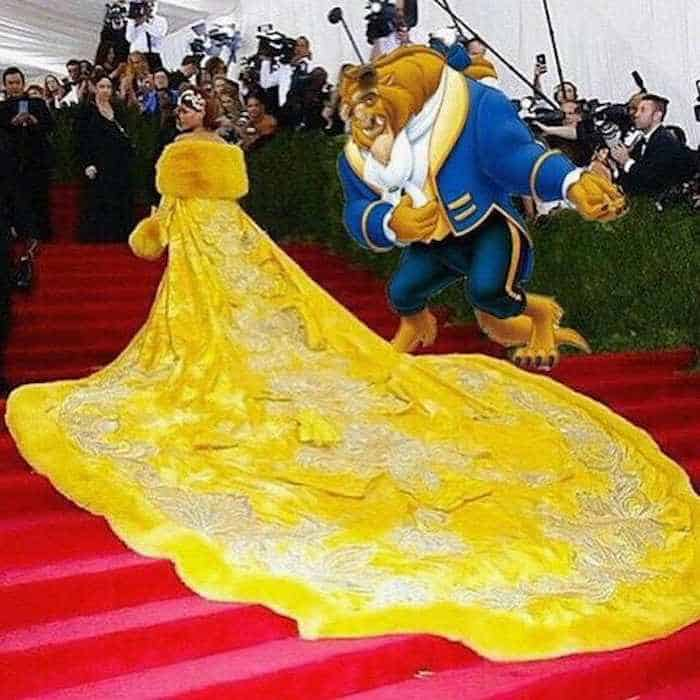 The 35 Best Memes of Rihanna's #MetGala Dress -03