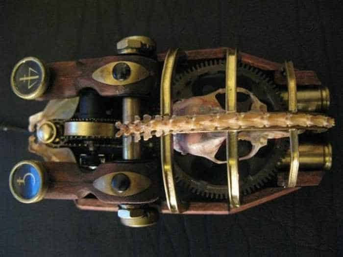 13 Funny Pictures of Steampunk Mouse -04