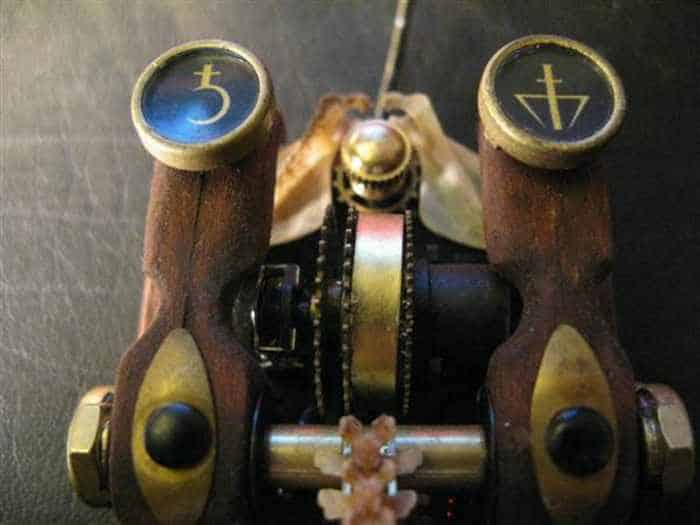 13 Funny Pictures of Steampunk Mouse -08
