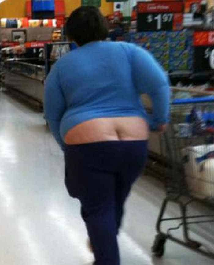 Funny And Strange People Seen In Wal-Marts - 35 Pics -04