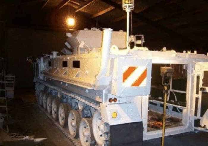 11 Pictures of Creative Tank Limo -11