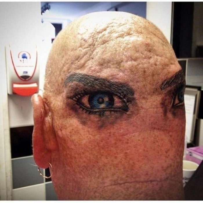 15+ Tattoo Disasters That Will Make You Cringe-15