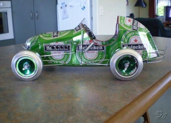 13 Pictures of Funny Cars Made of Tin Cans -02