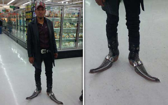 Funny People of Walmart In Weird Outfits - 30 Photos -12
