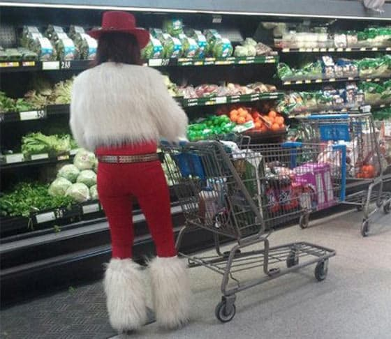Funny People of Walmart In Weird Outfits - 30 Photos -20