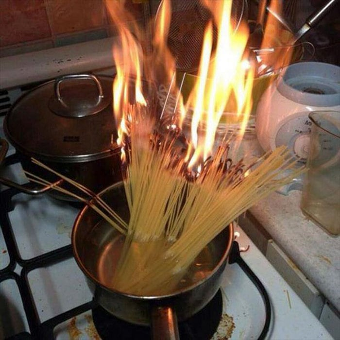 60+ Of The Worst Cooking Disasters Ever-19