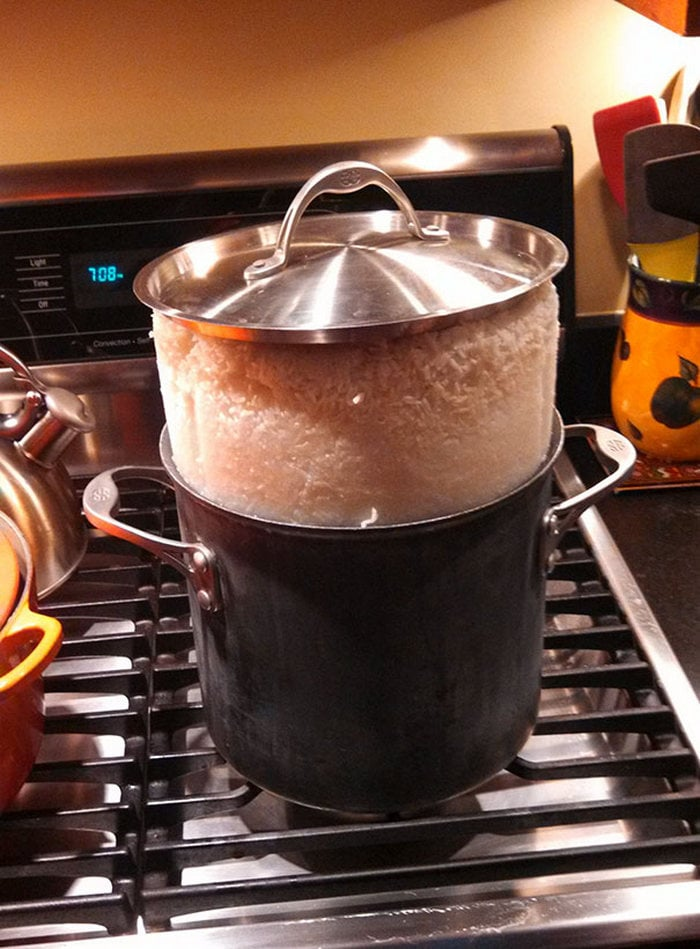 60+ Of The Worst Cooking Disasters Ever-42