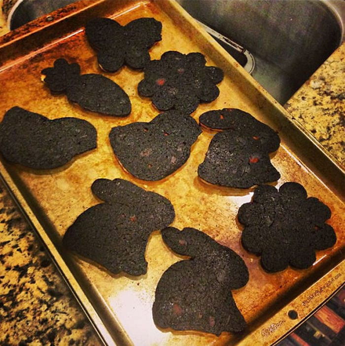 60+ Of The Worst Cooking Disasters Ever-43
