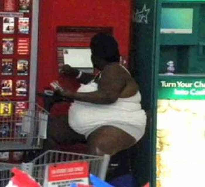 40 Worst Kind of People of Walmart That You've Ever Seen - 17