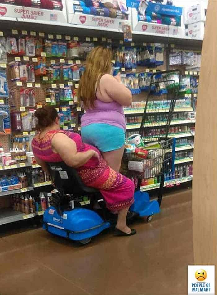 40 Worst Kind of People of Walmart That You've Ever Seen - 23