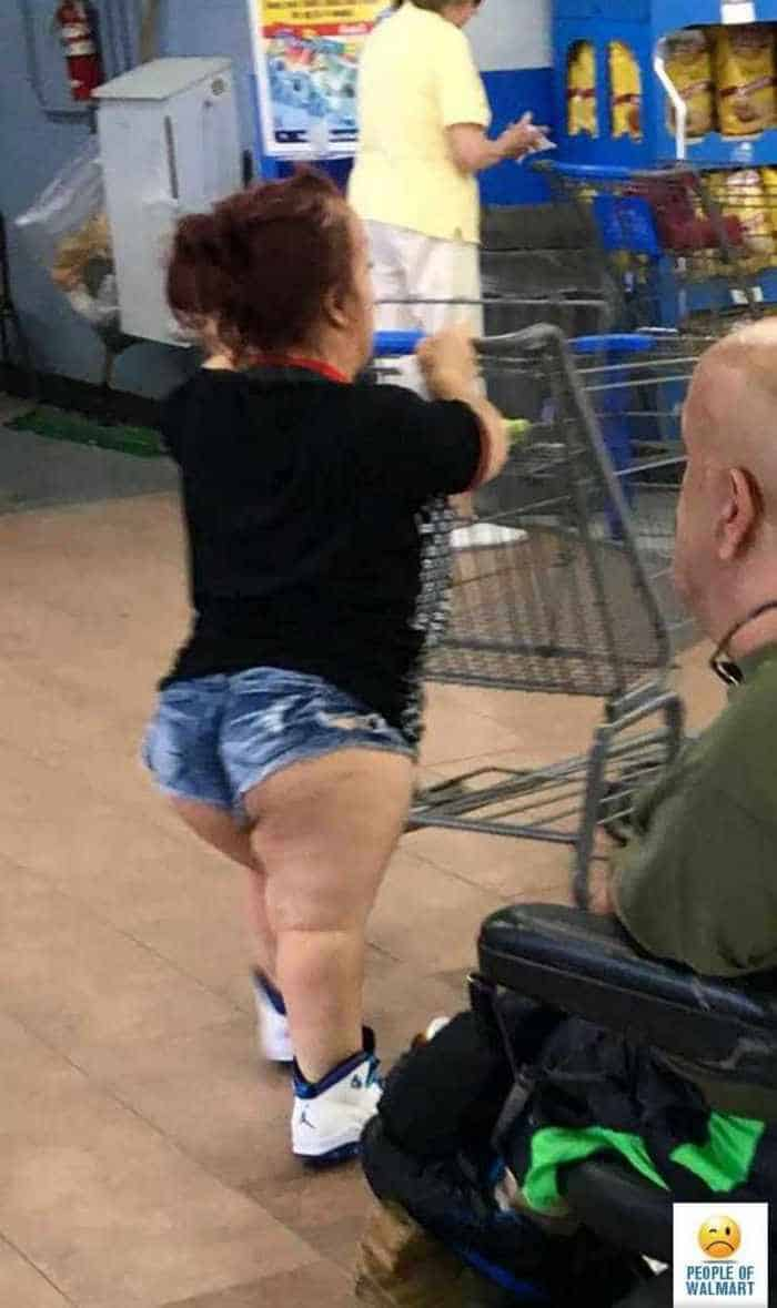 40 Worst Kind of People of Walmart That You've Ever Seen - 33