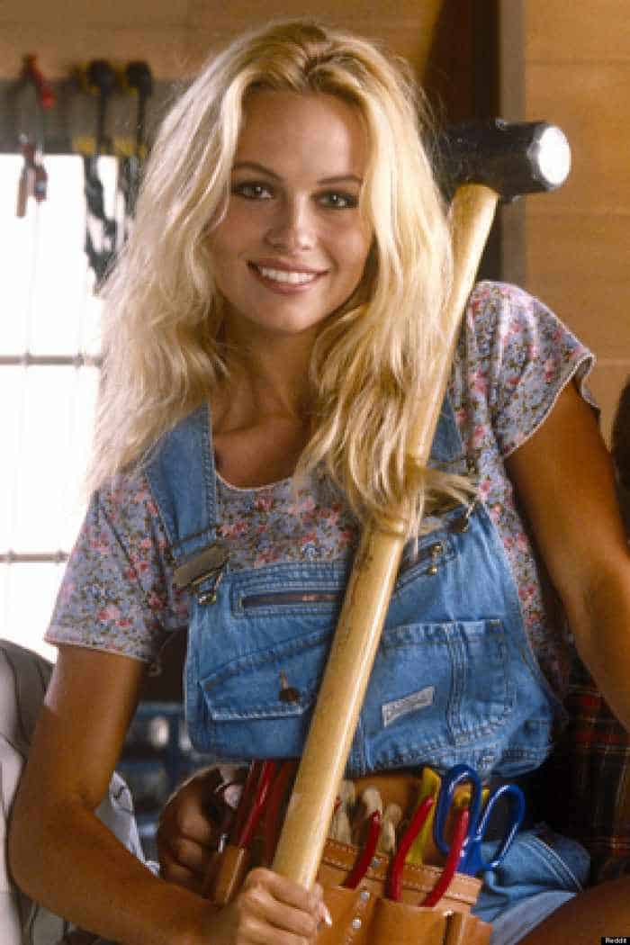 35 Pictures Of Young Pamela Anderson -08