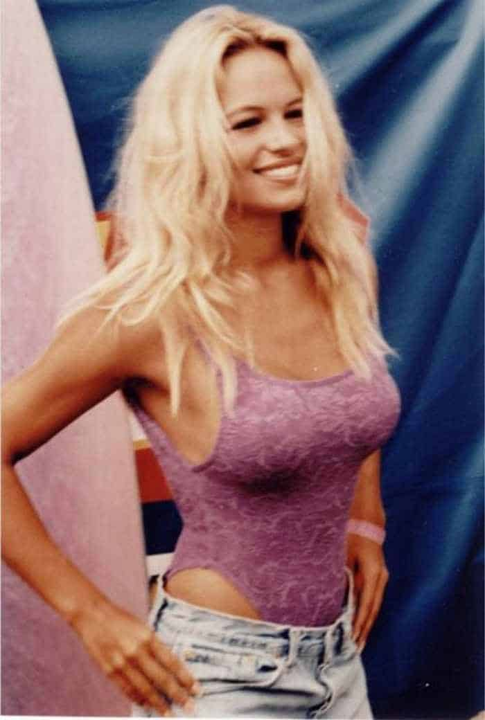 35 Pictures Of Young Pamela Anderson -12
